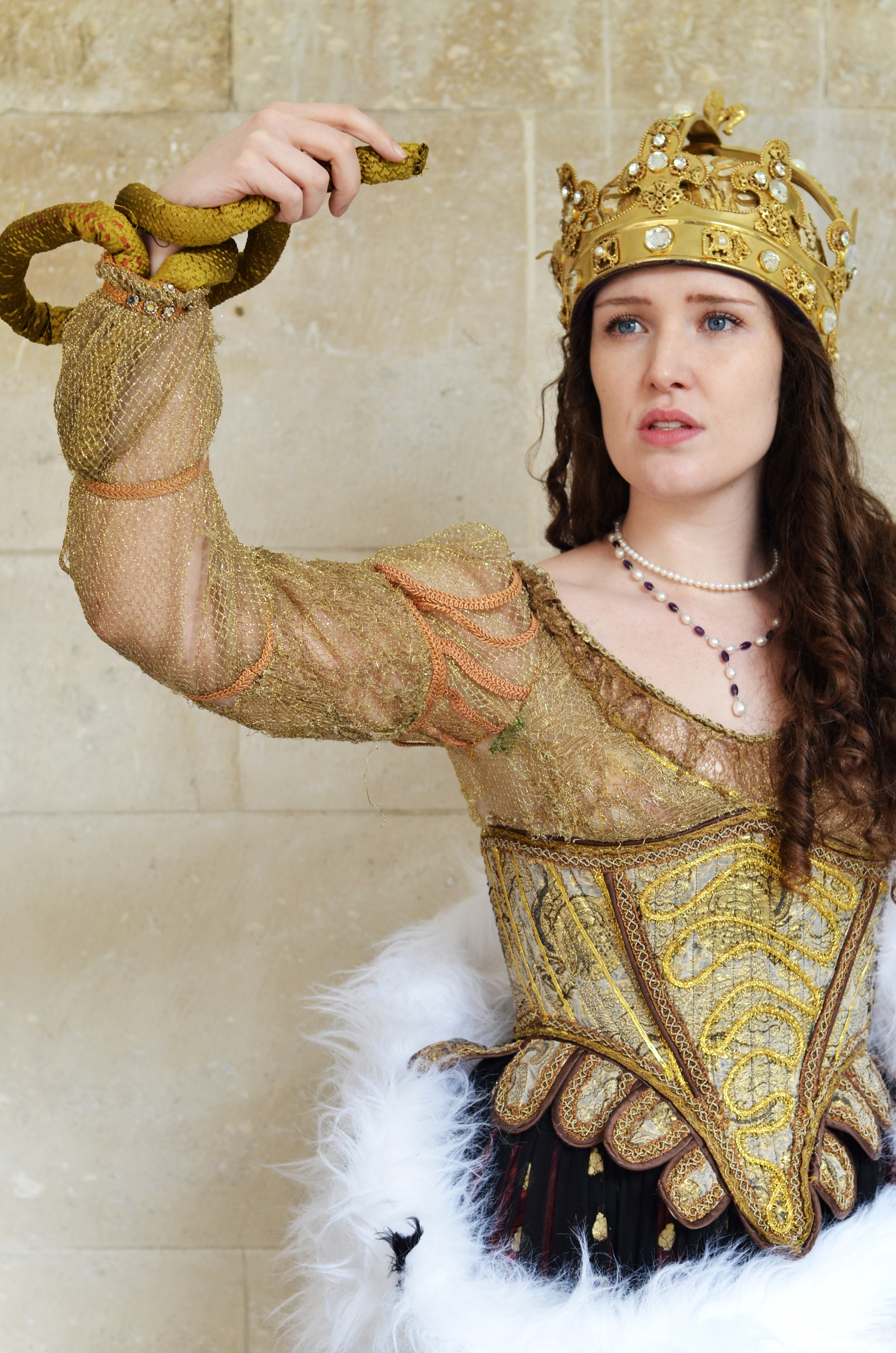 Charlotte Gallagher as Cleopatra